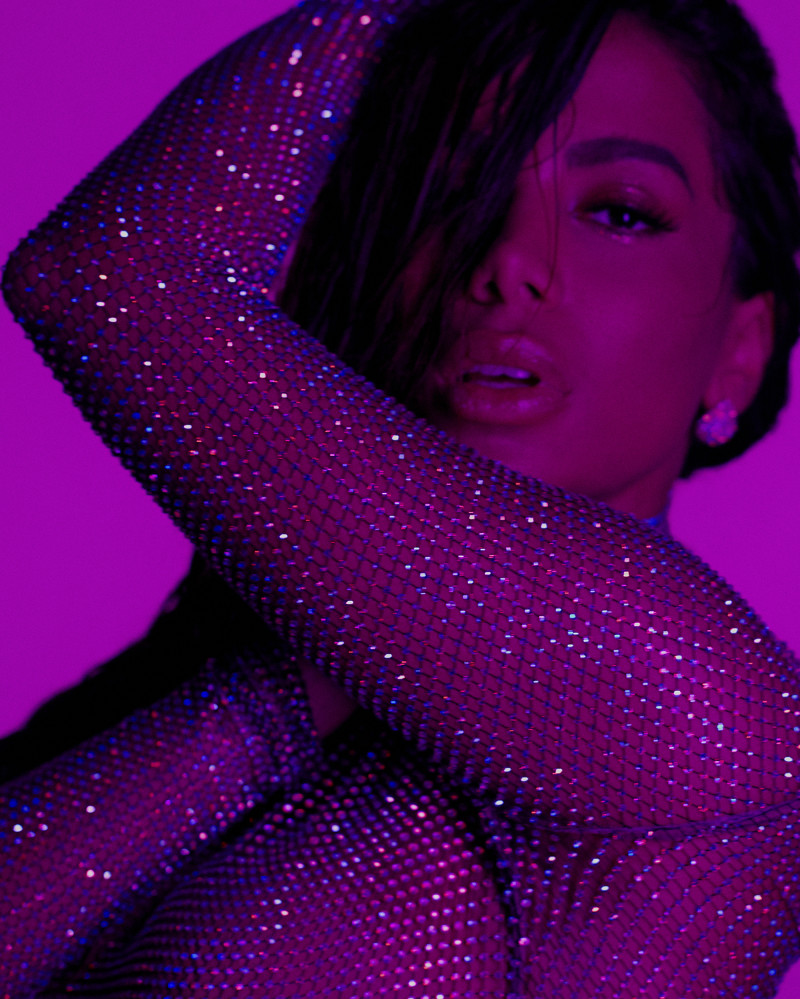ANITTA GOES173597 copy